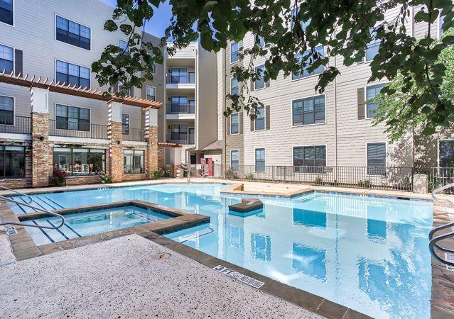Apartments Near UTA | Maverick Place | Student Apartments